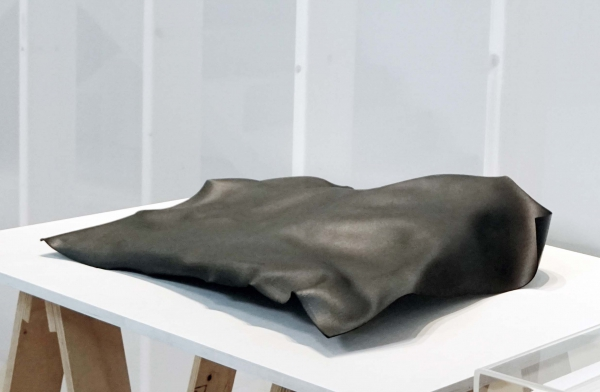 Ulrike Mohr: Meteoritenpapier